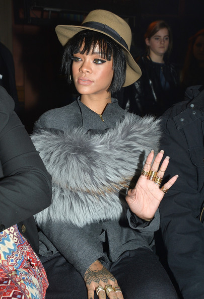 rihanna-paris-fashion-week-2014-3.jpg