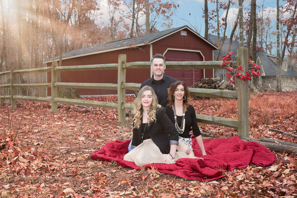 Christmas Portrait by Nashville Family Photographer Mayur