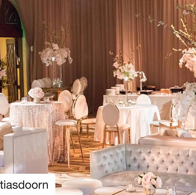 #Repost @matiasdoorn with @get_repost ・・・ In hues in ivory, white and rose gold, this design comprised of our Buenos Aires Barstool, Washington Dining Chairs for cocktail andMunich Sofa andMilan Coffee tables for lounge. || Planner/Design: @haute.flowers | Rentals/Design: @revelryeventdesign | Floral: @haute.flowers | Venue: @montagebh | Photography: @loveandphotographypdx | Linens: @luxe_linen | Lighting: @lightenup_inc | Cake: @hansencakesla | DJ: @moderneventsolutions | Ice Sculpture: @icebulb #Repost @revelryeventdesign ・・・