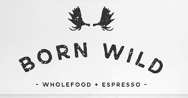 👨🍳 CHEF WANTED 👩🍳 We're looking for a chef/experienced cook to join the Born Wild team in the kitchen! Must be available on weekends in particular and keen to be apart of an awesome team! Email your resume to kymbo@bornwildwholefoods.com.au 😁😁