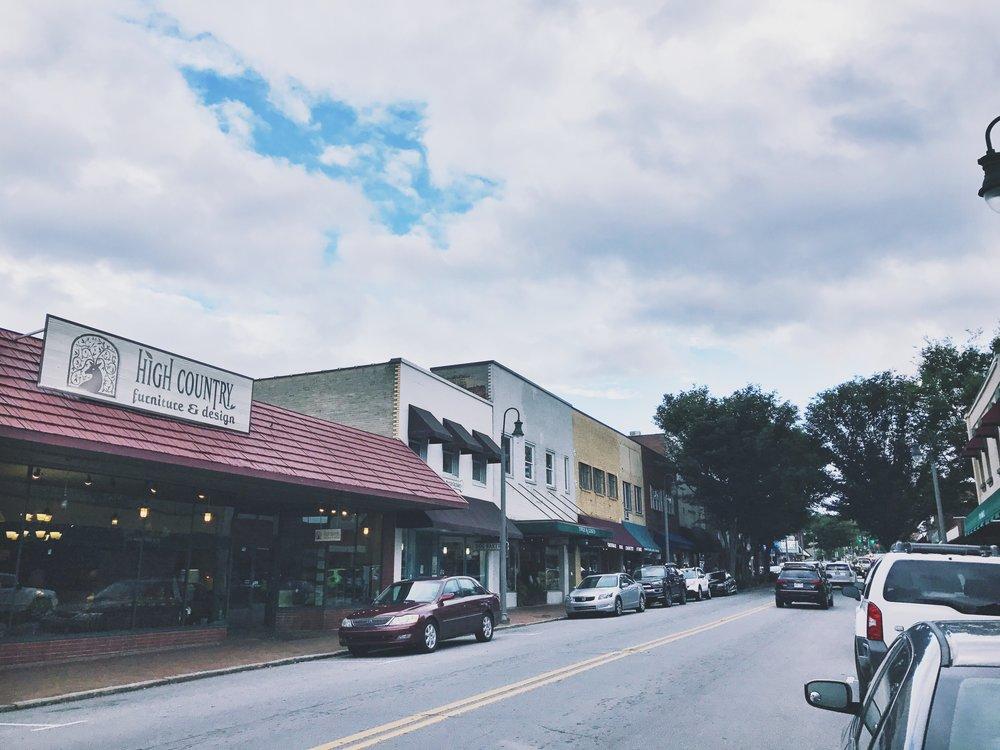 Quaint little shopping center in downtown Waynesville