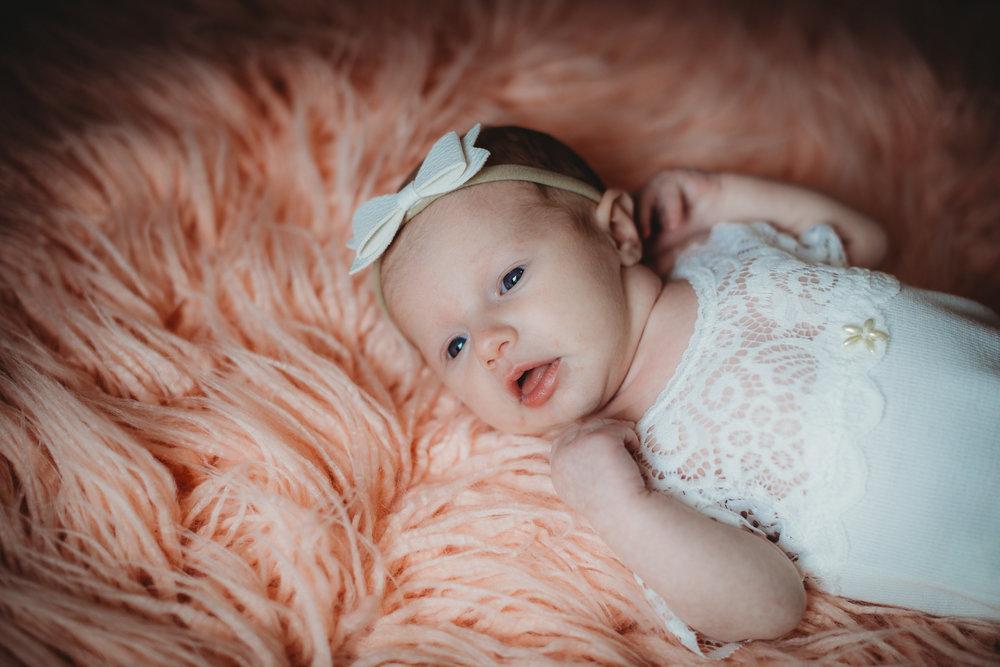 Baby G Newborn 2017-0026.jpg