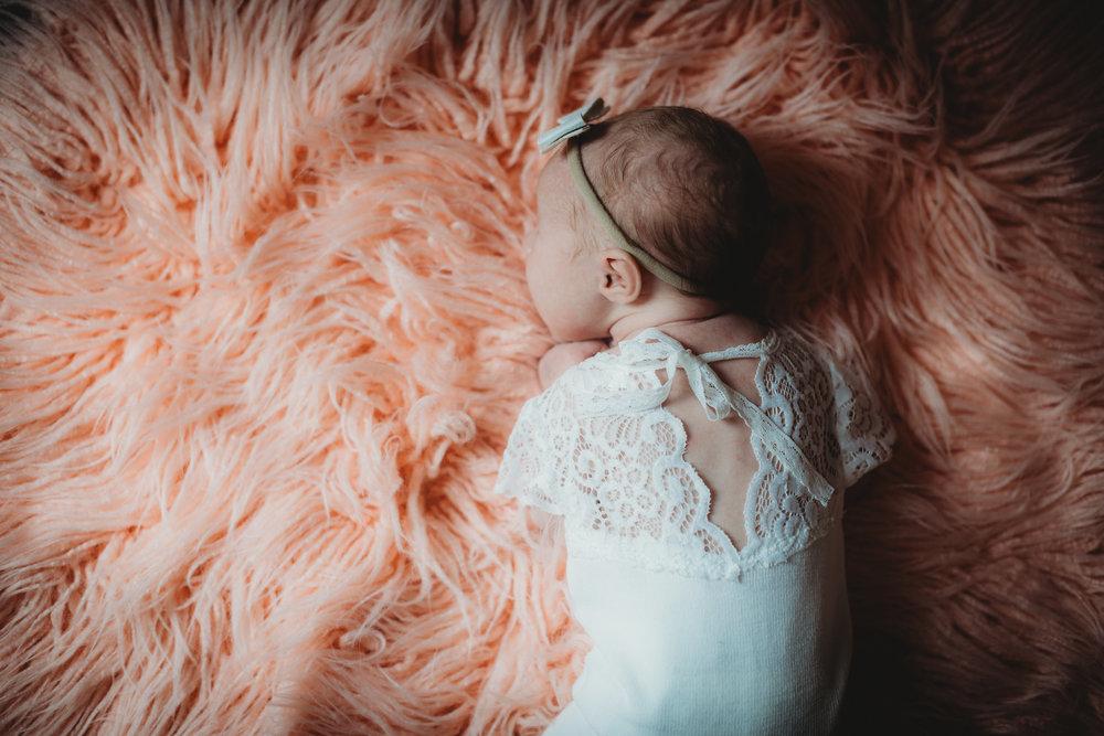 Baby G Newborn 2017-0028.jpg