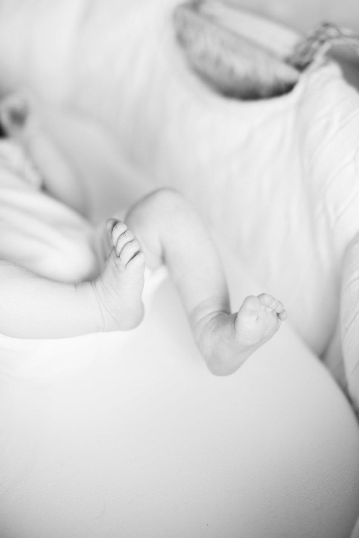 Baby G Newborn 2017-0037.jpg