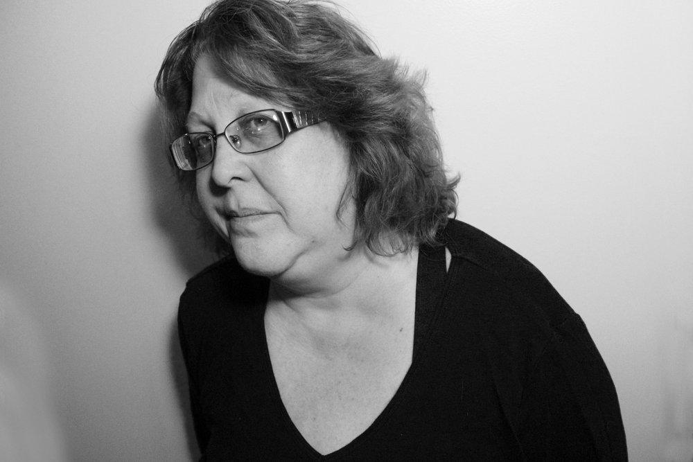 Portrait - Lesley