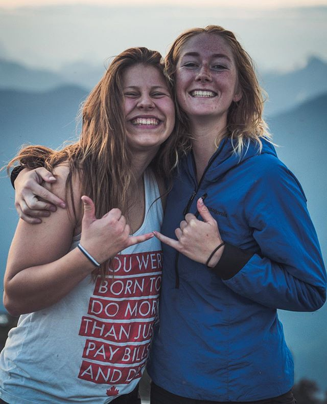 More important than the experiences we have are the people we surround ourselves with. They shape us, they influence us, and they help us be more of the people we want to be.⠀ ⠀⠀ These two (@shondra_martin & sofia.warrington) constantly remind us of that. ⠀ ⠀⠀ Our boy @brian_schultz_media snapped this shot of them up Mount Seymour last week. Sneaking a little 5AM sunrise so they could make it to work by 9. That friends is what it means to #makeitcount.⠀ ⠀⠀ #ChasingSunrise