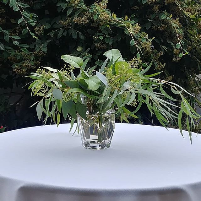 My favorite designs are expressive yet simple, like this table topper from Ellen and David's Vashon wedding today. . . . #seattleflorist #vashonisland #vashonislandweddings #seattlefloraldesigner #seattleweddings #seattleweddingflowers #simpleiselegant #feathereucalyptus #slowflowers #nwwf #laughinggirl #laughinggirlflowers