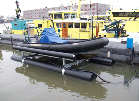 Boatlift, Drijvende boatlift, schwimmende bootslift, drijvende bootlift, floating boatlift, bootlift, boot lift, boatlifting systems, bootslift, schiffshebewerk,