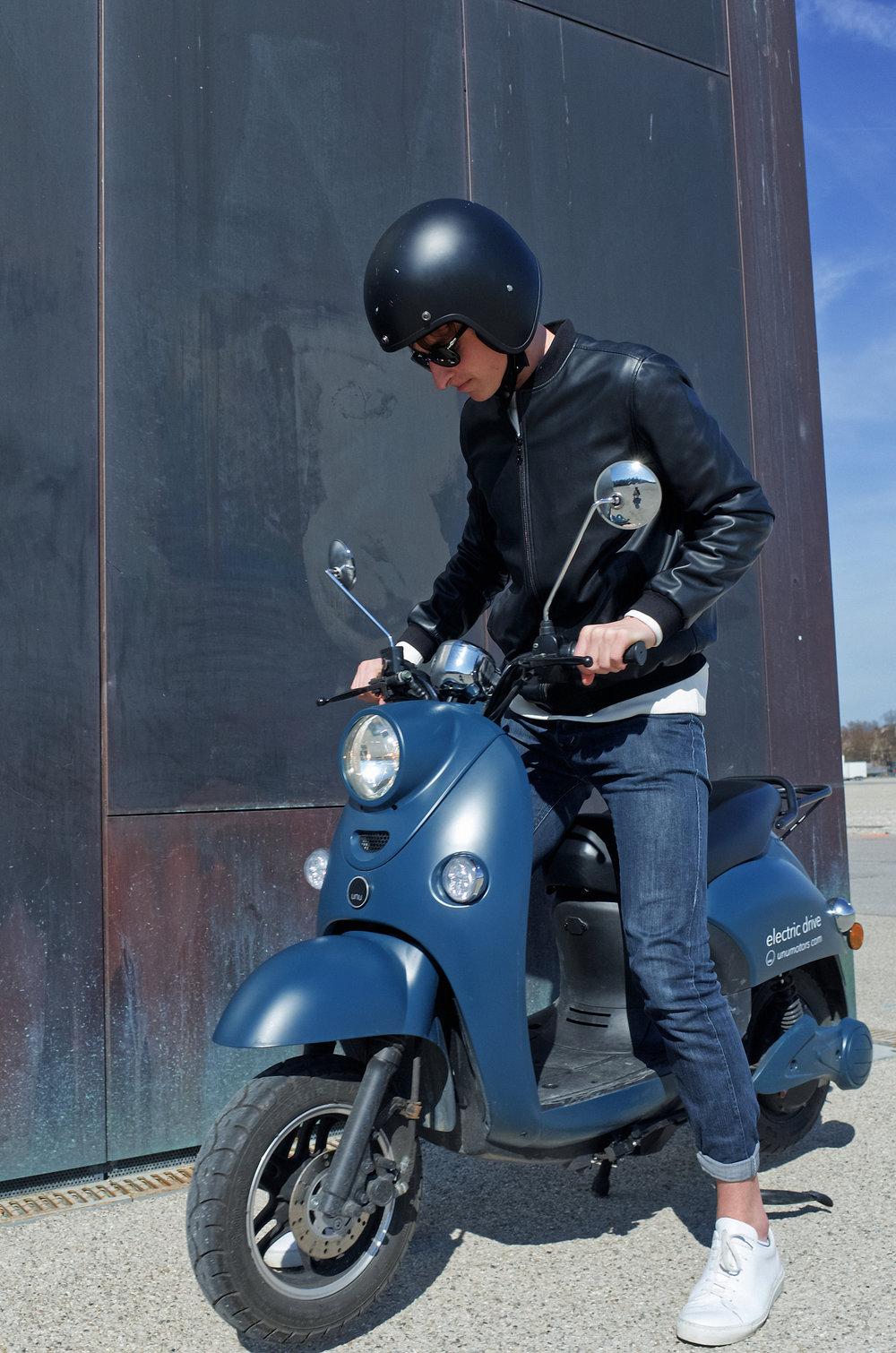unu-munich-test-ride-e-scooter.JPG