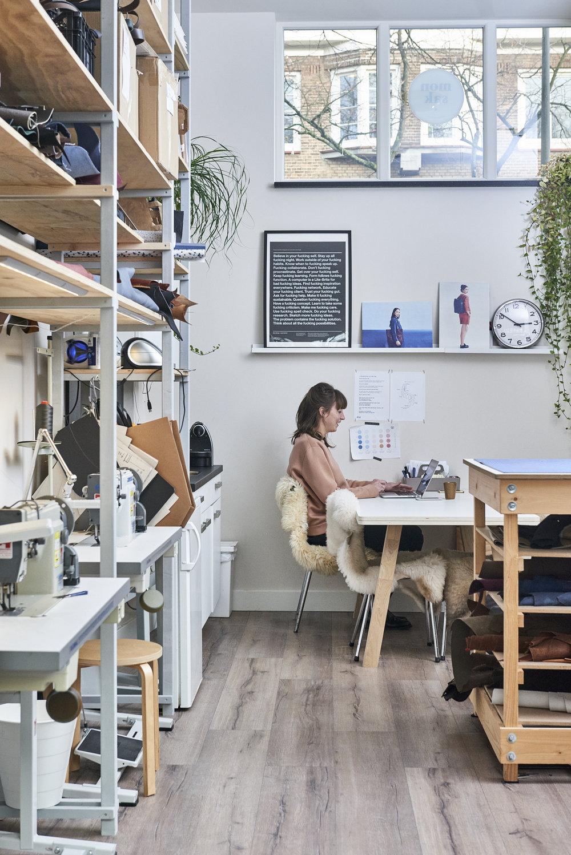 monsak-unu-electricscooter-amsterdam-atelier.jpg