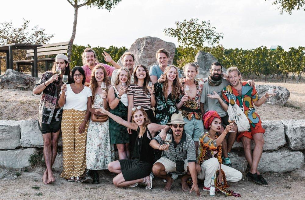 Das gesamte Team beisammen: das VinoKilo Team