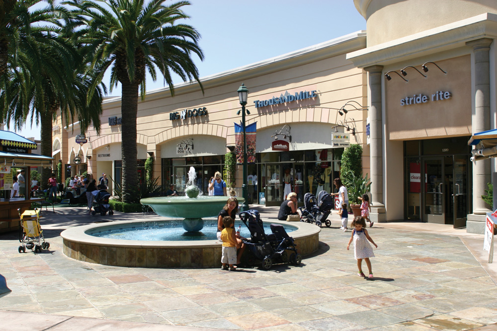 Carlsbad Premium Outlets 2.jpg