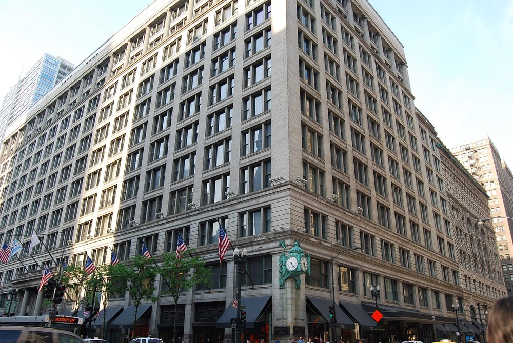 macys-rethinks-chicago-state-street-store.jpg