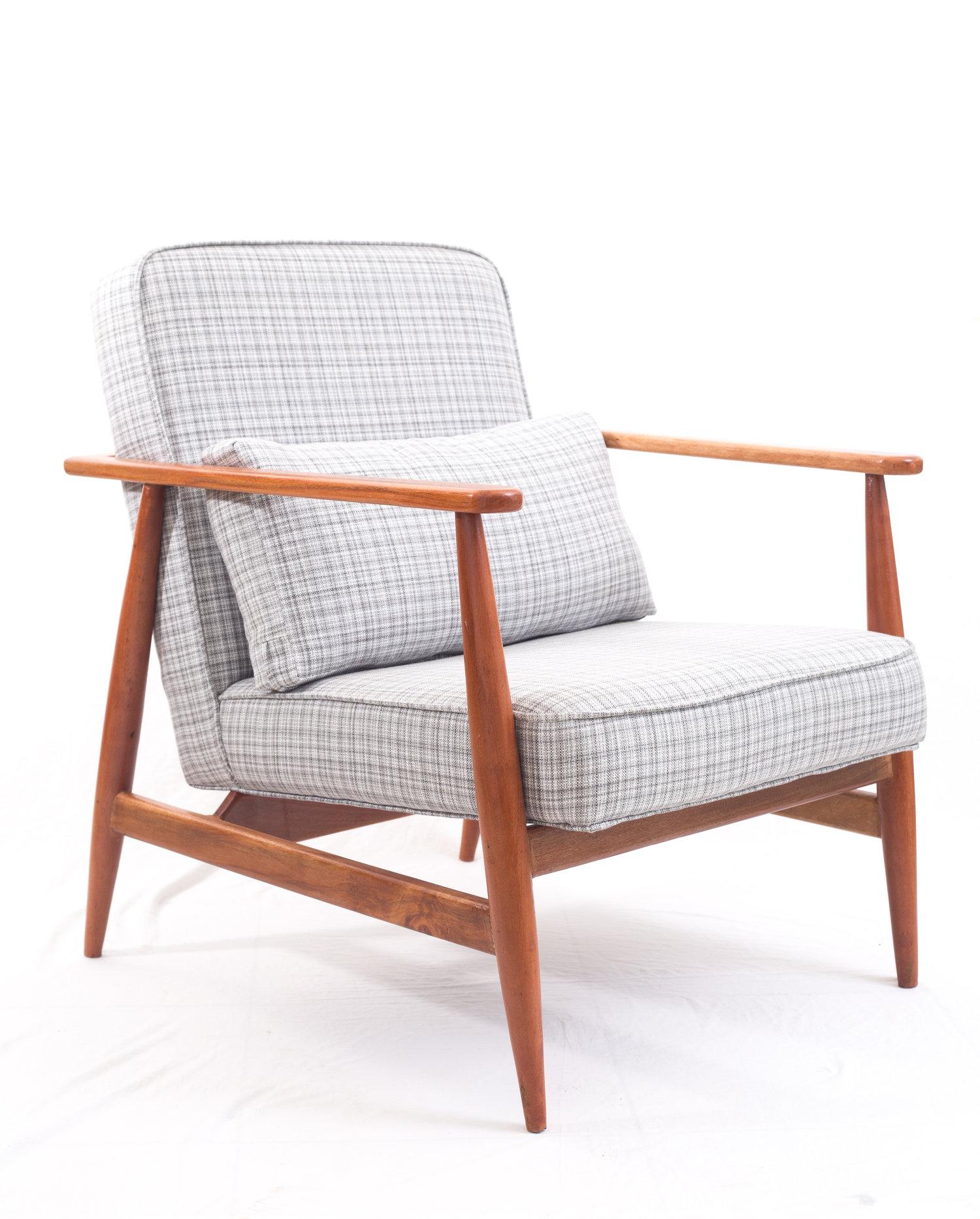 modern arm chair. Mid-century Modern Arm Chair :