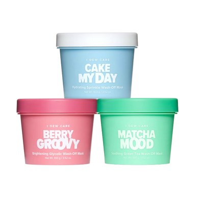 MEMEBOX - What is better than ice cream and face masks? Putting them together! The I DEW CARE Ice Cream inspired face masks cover all of your needs. Cake My Day is for skin hydration, Berry Groovy brightens skin for an awesome glow, and Matcha Mood has antioxidants to boost your skin from dullness and even skin tone. Can't choose which one you want to try? Head over to Ulta and get the mini set of all 3 for only $20!