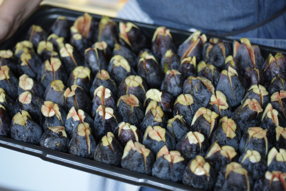 tray-of-figs-JKF_8261.jpg