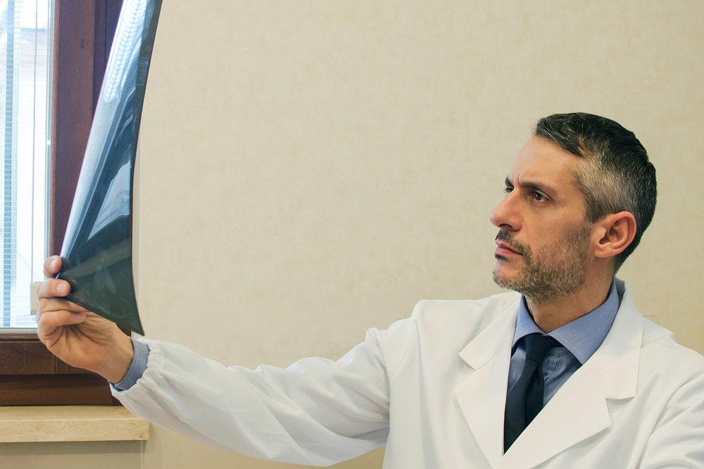 Dottor-Riccardo-Ciatti-Medico-Chirurgo--specialista-diagnosi-chirurgia-del-ginocchio.jpg