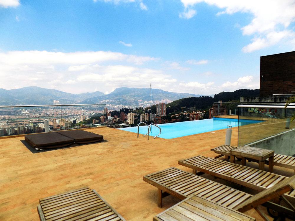 16 Rooftop Pool.JPG
