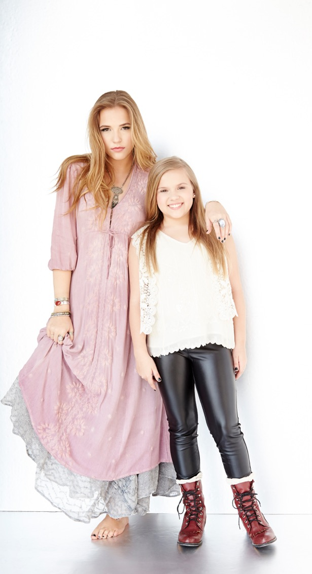 Lennon Maisy Photo.jpg