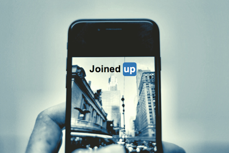Amplifying your corporate story on LinkedIn (to the power of 4) -