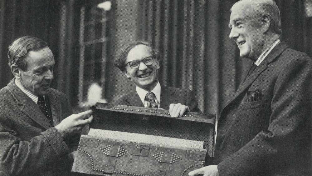 LEAD– Timothy Bevan (deputy chairman of Barclays bank), Dr D P Waley (the British Library's Keeper of Manuscripts) Lord Eccles (Chairman of the British Library).jpg