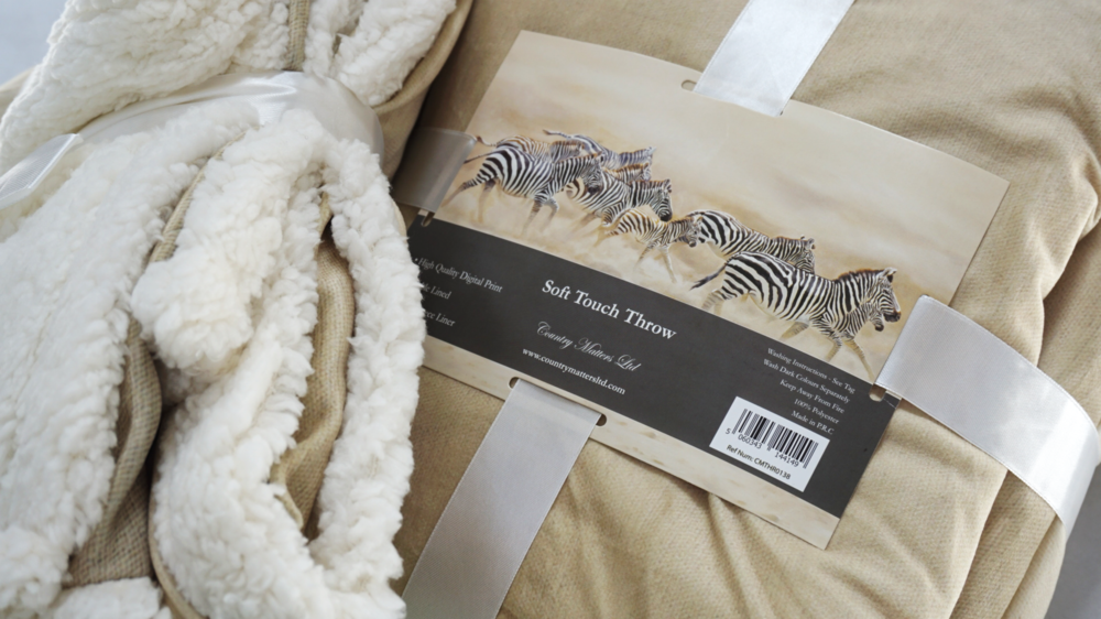 Conservation-themed artwork… - of iconic African wildlife from an award-winning wildlife artist, featured on a range of beautiful homeware. A 20% donation from all sales is made to Rhino conservation.