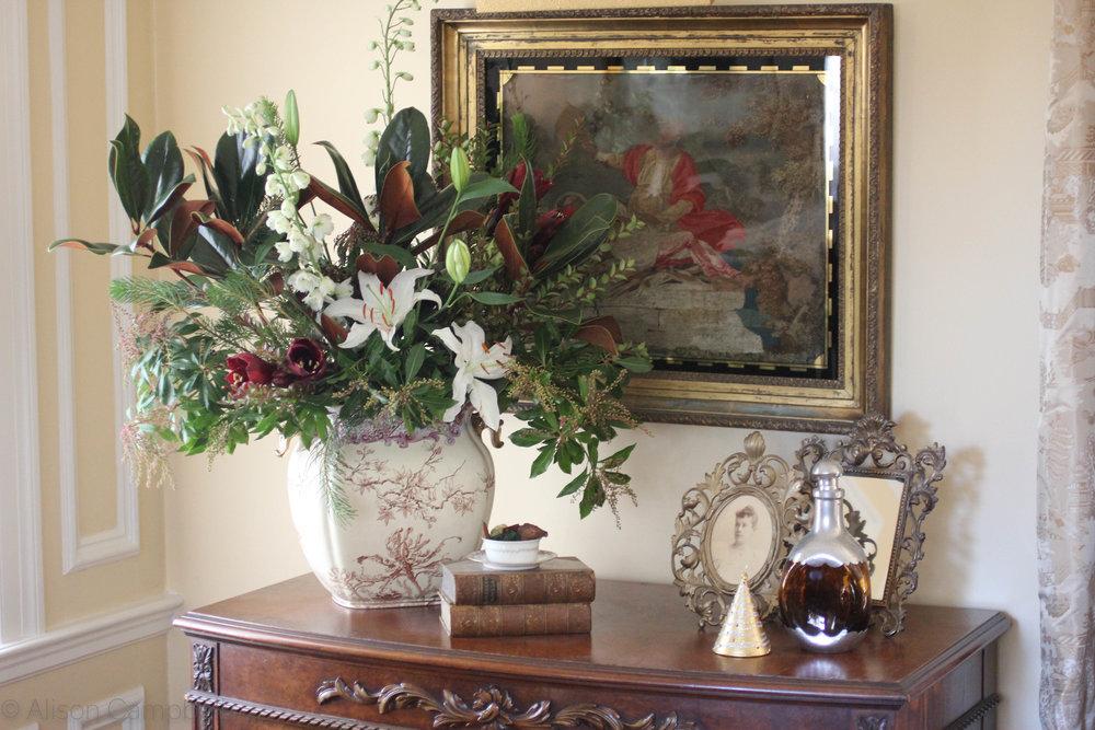 dresser arrangement.jpg