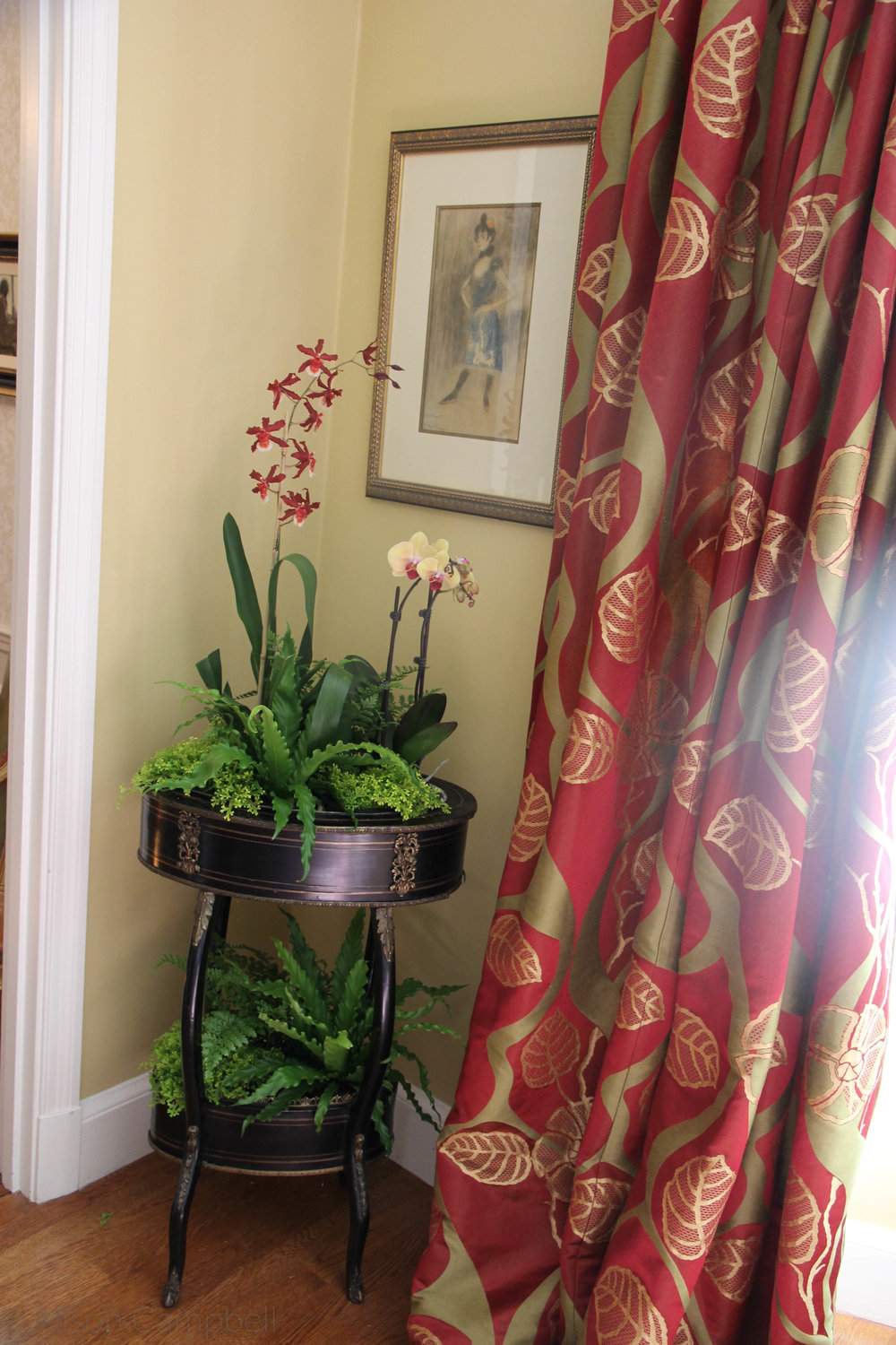 tropical interior planter.jpg