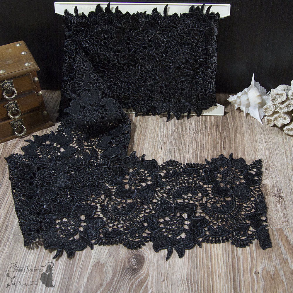 2018-11-17-broad-black-venice-trim-somnia-romantica-marjolein-turin-cover.jpg