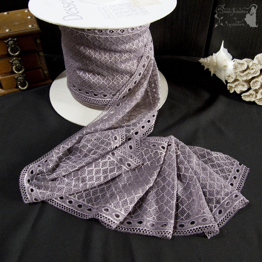 2018-11-17-lilac-lace-somnia-romantica-marjolein-turin-cover.jpg