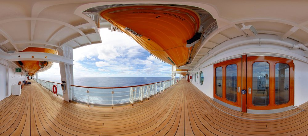thinkments-disney-cruise-img_0012-img_0014%2BPanorama.jpg