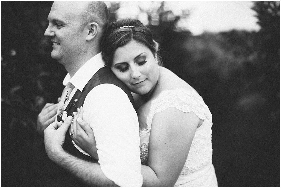 Carrigan Farms Wedding  - Amore Vita Photography_0106
