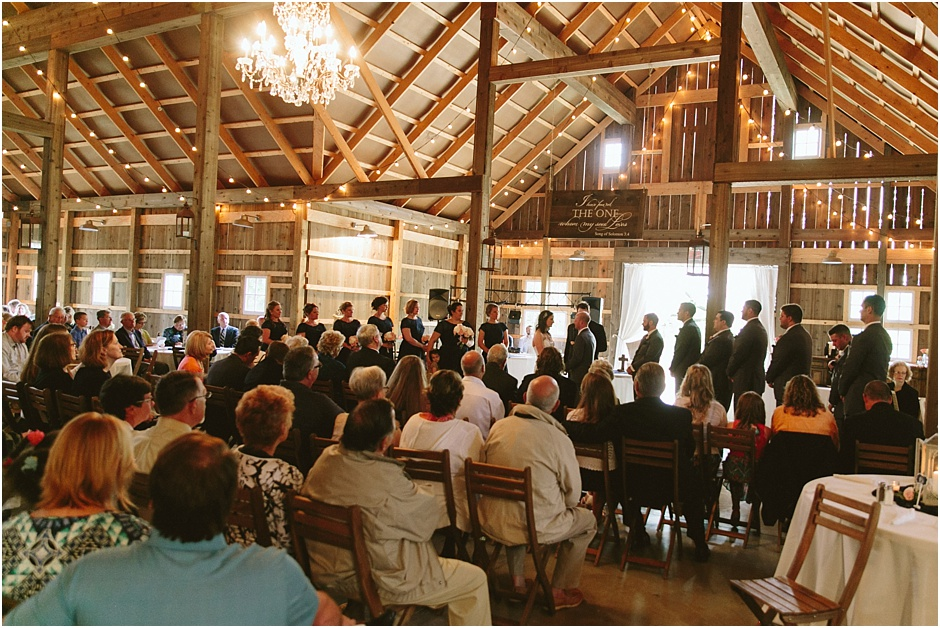 The Barn at Kennedy Farm Wedding | Amore Vita Photography_0032