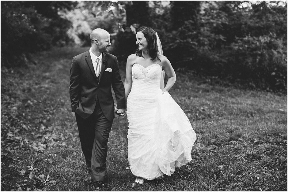 The Barn at Kennedy Farm Wedding | Amore Vita Photography_0041