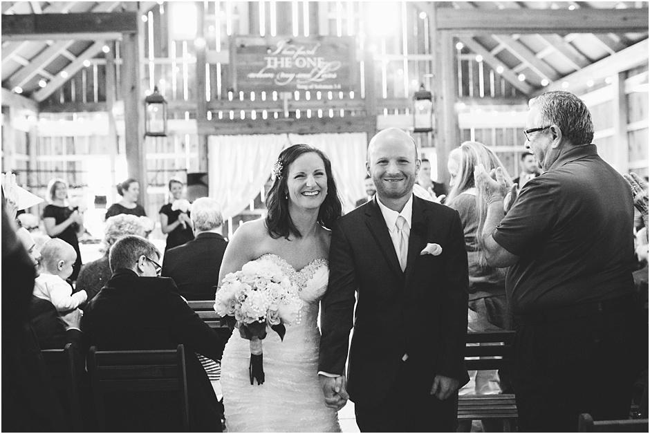 The Barn at Kennedy Farm Wedding | Amore Vita Photography_0062