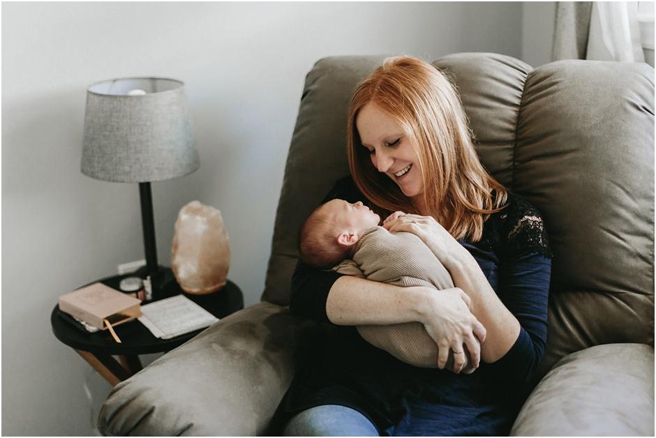 Lifestyle Newborn Session | Amore Vita Photography_0022