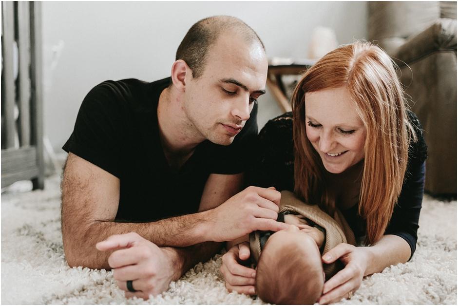 Lifestyle Newborn Session | Amore Vita Photography_0028