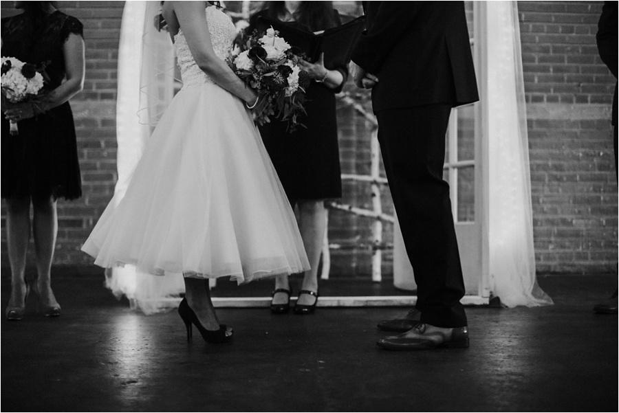 10-catawba-wedding-amore-vita-photography_0012