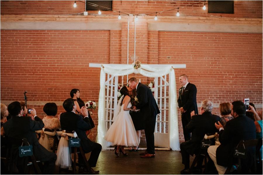 10-catawba-wedding-amore-vita-photography_0016