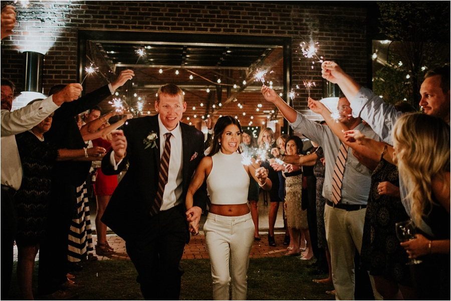 10-catawba-wedding-amore-vita-photography_0037