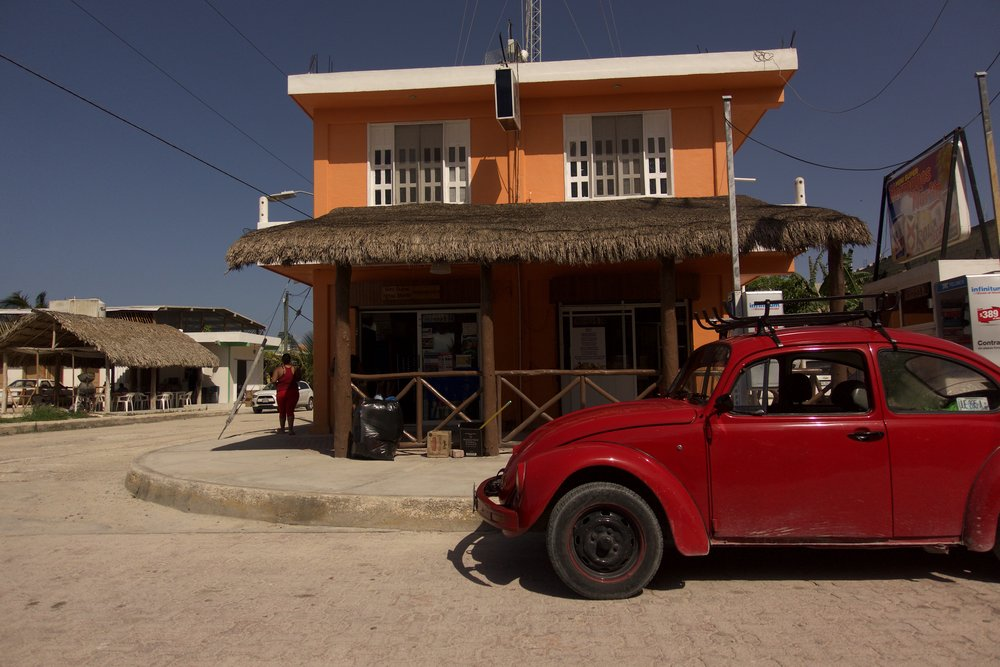 mexico house n car .jpg