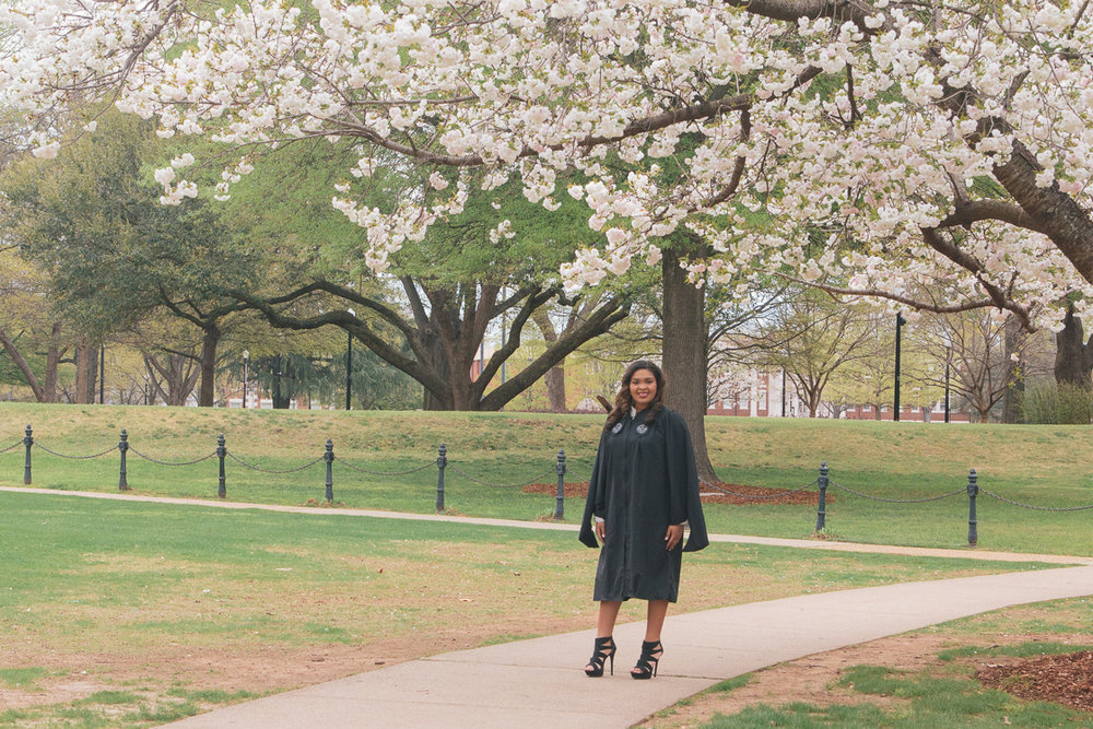 University of Alabama graduation portraits in Tuscaloosa, Alabama