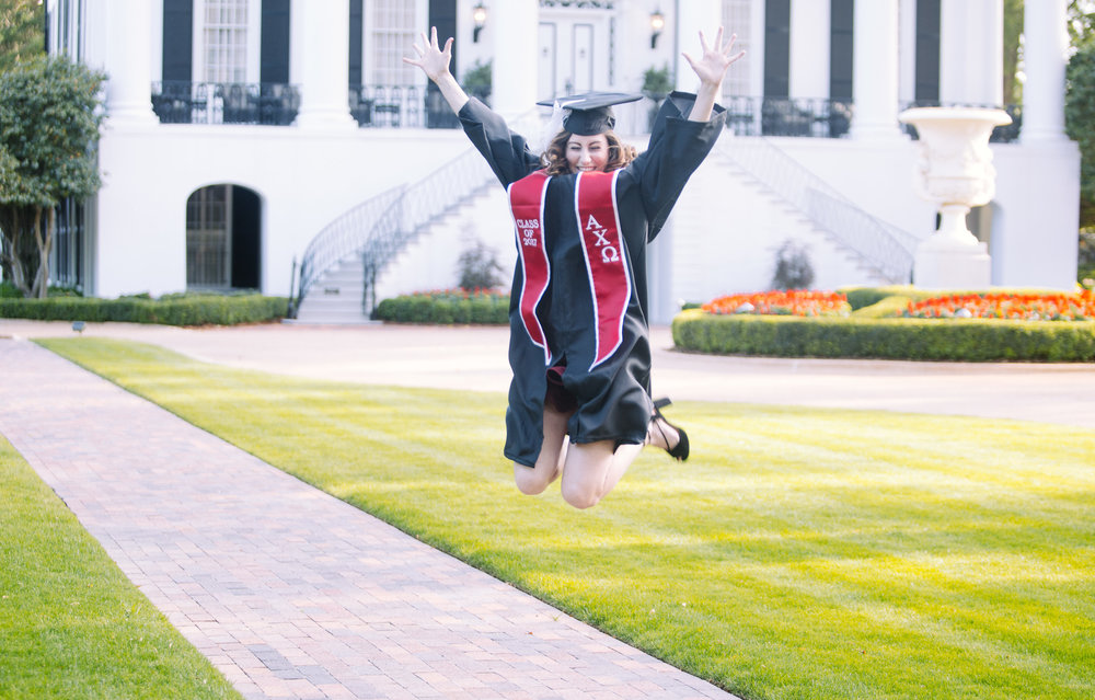 University of Alabama graduation portrait photography in Tuscaloosa, Alabama