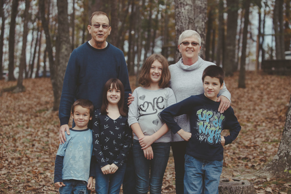 Portrait photography for the Porter family at Palisades Park in Oneonta, Alabama on November 12th, 2017. (Photo by David A. Smith/DSmithImages)