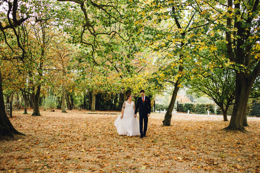 Rustic autumnal wedding at the Fennes, Bocking - Alternative Essex Wedding Photographer