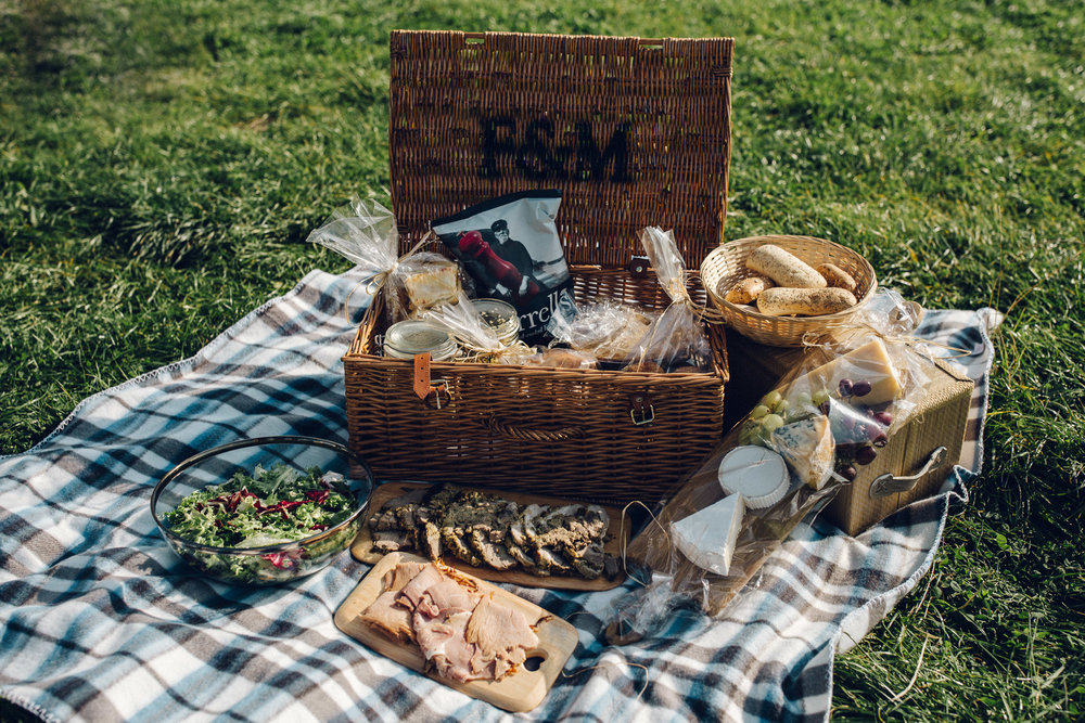 Alternative Wedding Food Ideas - Picnic Hamper
