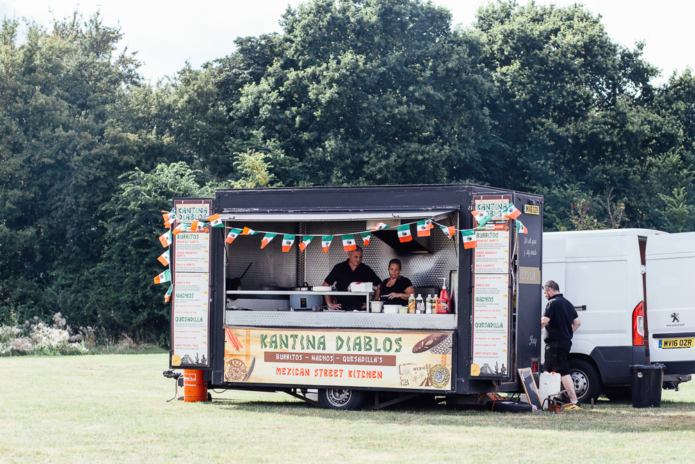 Alternative-Wedding-food-idea-food-truck