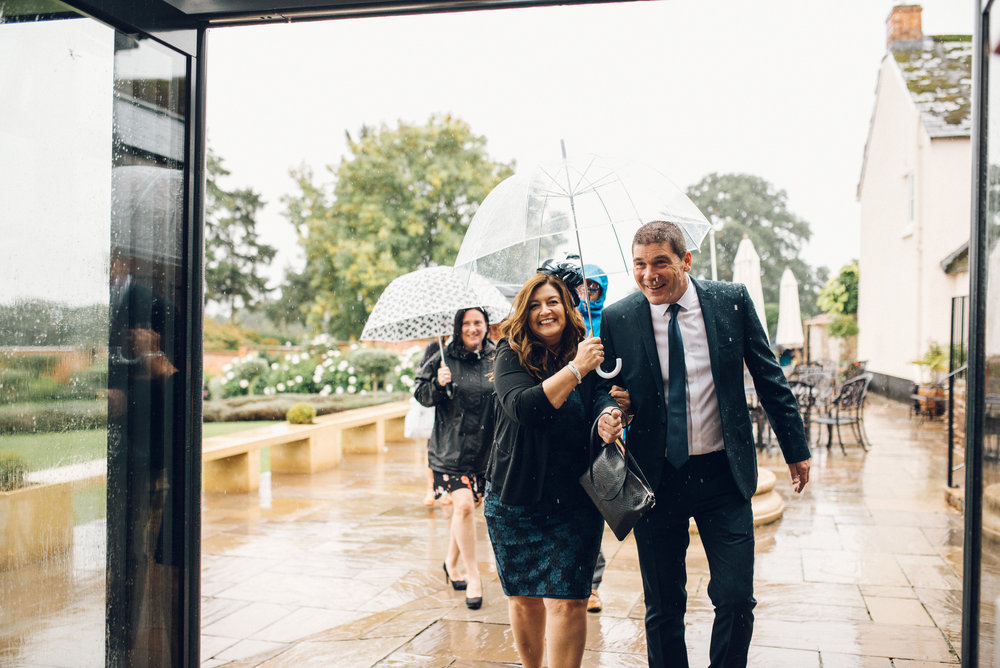 Rainy wedding at Upton Barn and Walled Garden - Chloe Lee Photo