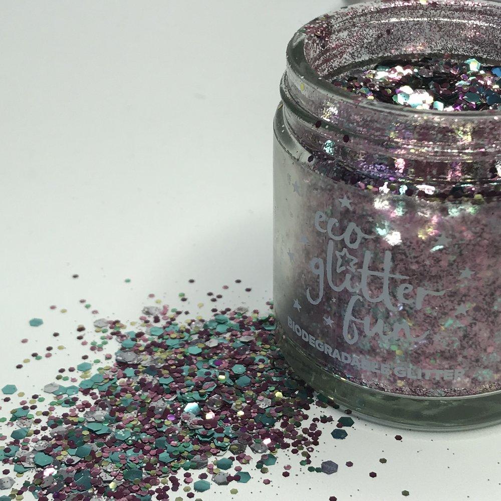 Essex Glitter Bar for Alternative Festival Weddings - Luxurious Glitter