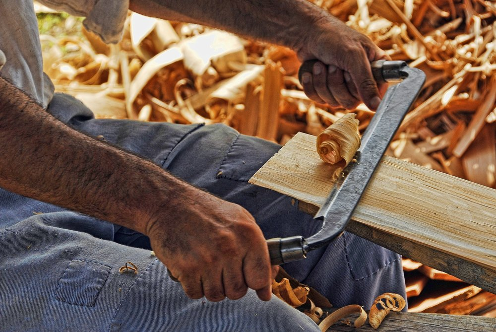 wood-working-2385634_1920.jpg